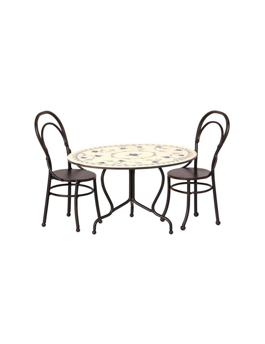 Dining table & 2 chaises bistrot MAILEG